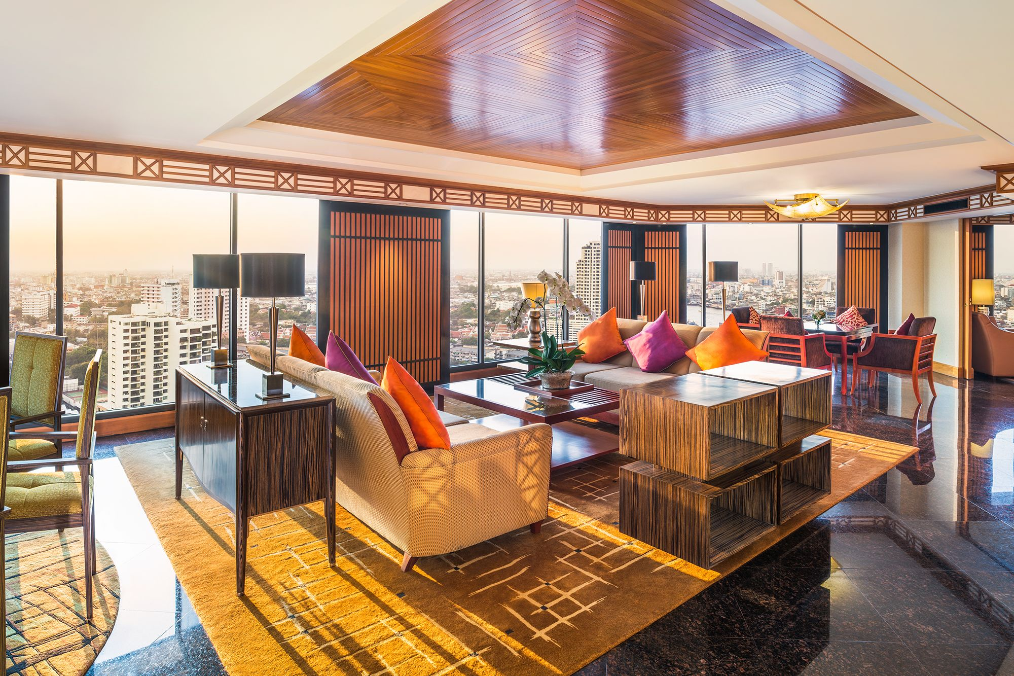 royal-orchid-sheraton-hotel-bangkok