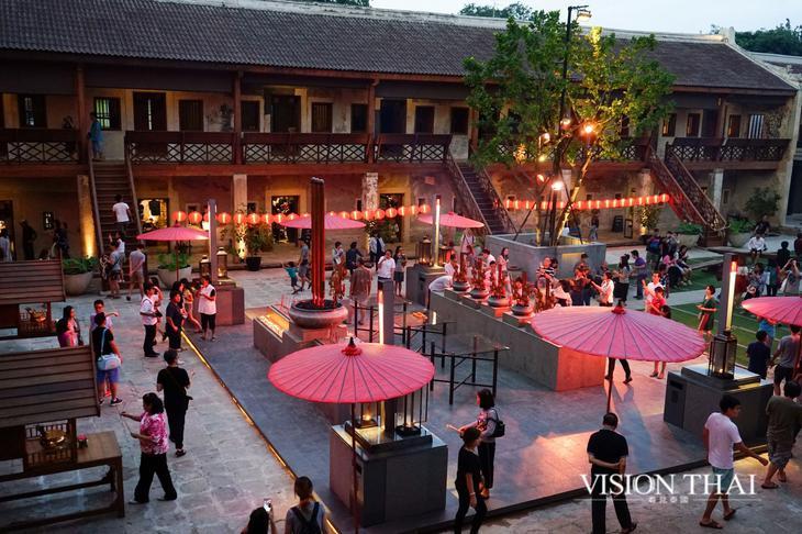 廊1919由危楼老建筑经多次改造成现在的文创园区(VISION THAI 看见泰国)