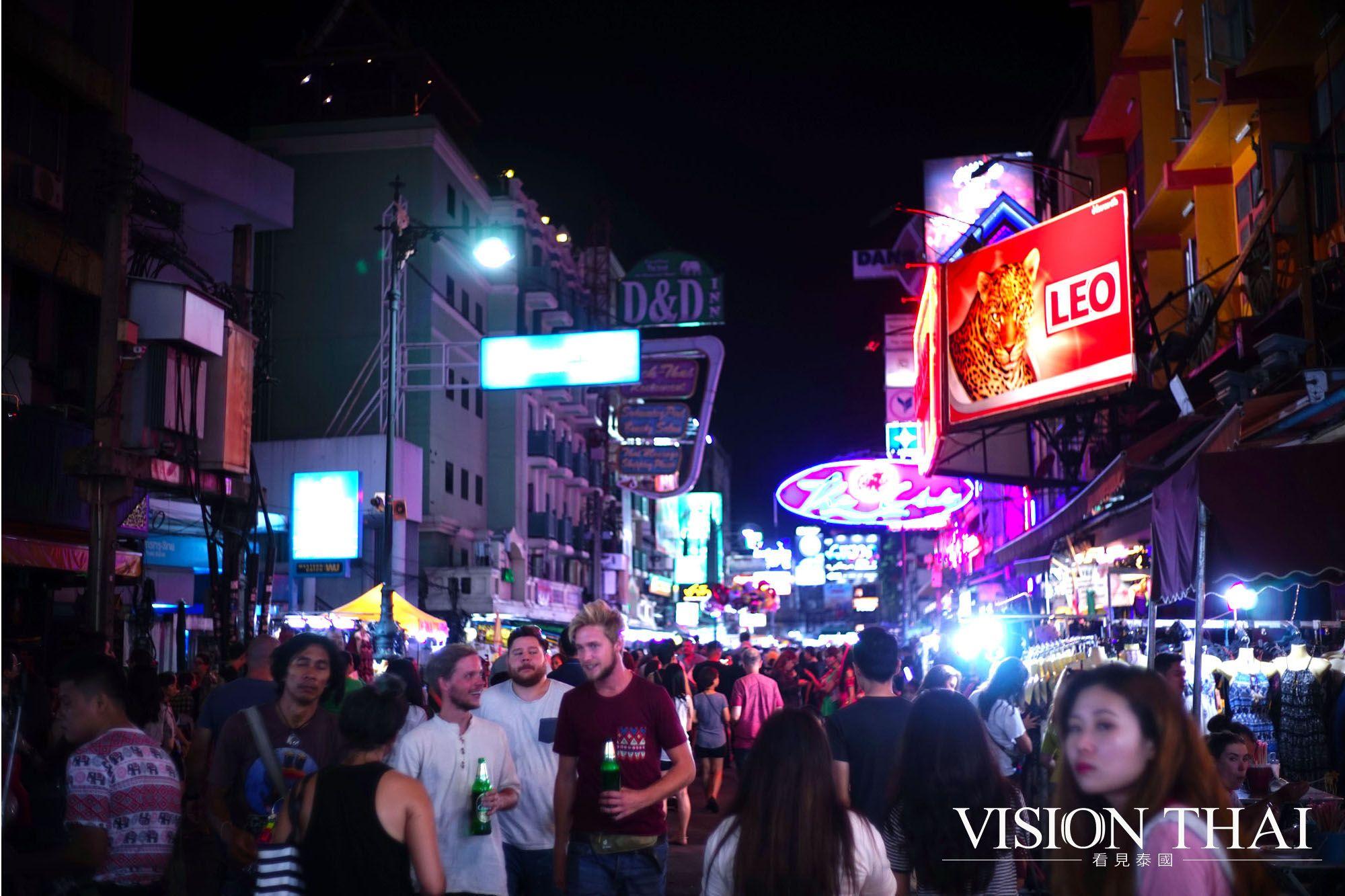 曼谷 考山路 Khao San Road 全球背包客的朝聖地 青年旅舍大本營