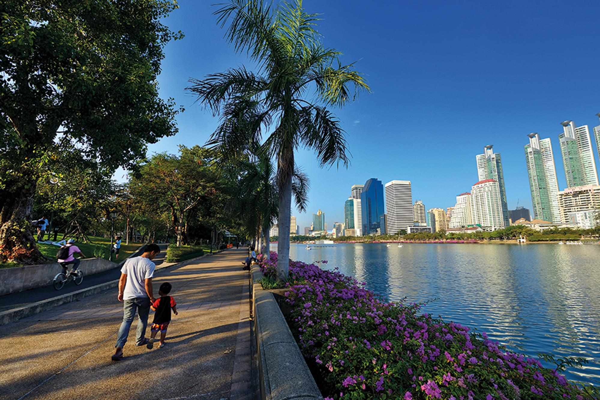 曼谷 水燈節 曼谷市區 公園 水燈節 公園 Benjakiti Park 班嘉奇蒂公園