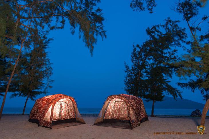 泰國三百峰國家公園(圖片來源:Khao Sam Roi Yot National Park)