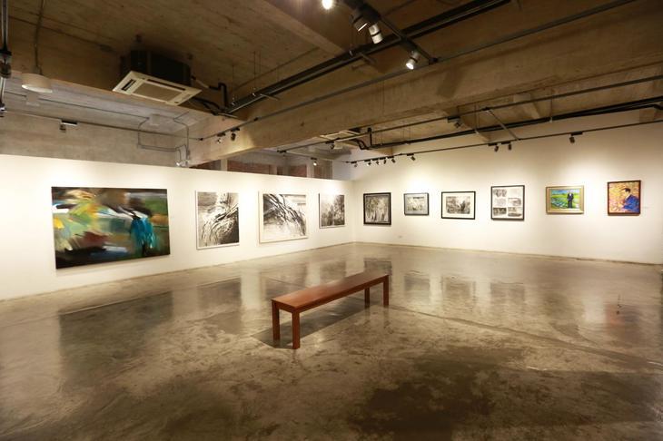 拉差丹農現代藝術中心不定期會舉辦免費展覽