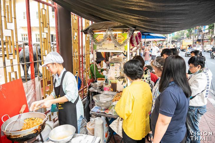 安姐古早味泰式腸粉廣受當地曼谷人喜愛